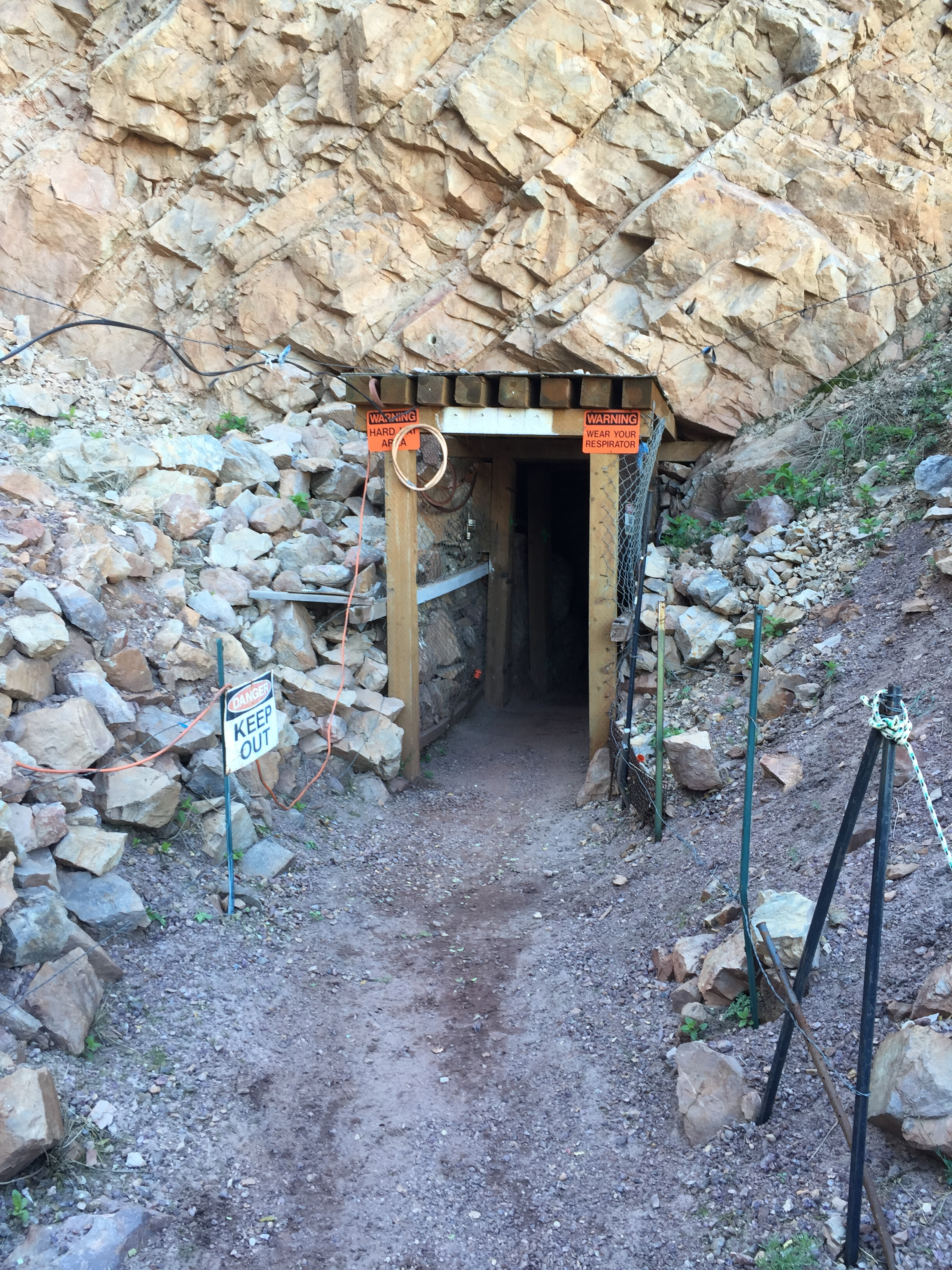 Your Guide to Arizona Gemstones - Four Peaks Mining Co  Store